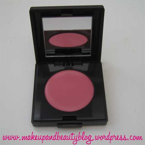 laura-mercier-makeover-blush